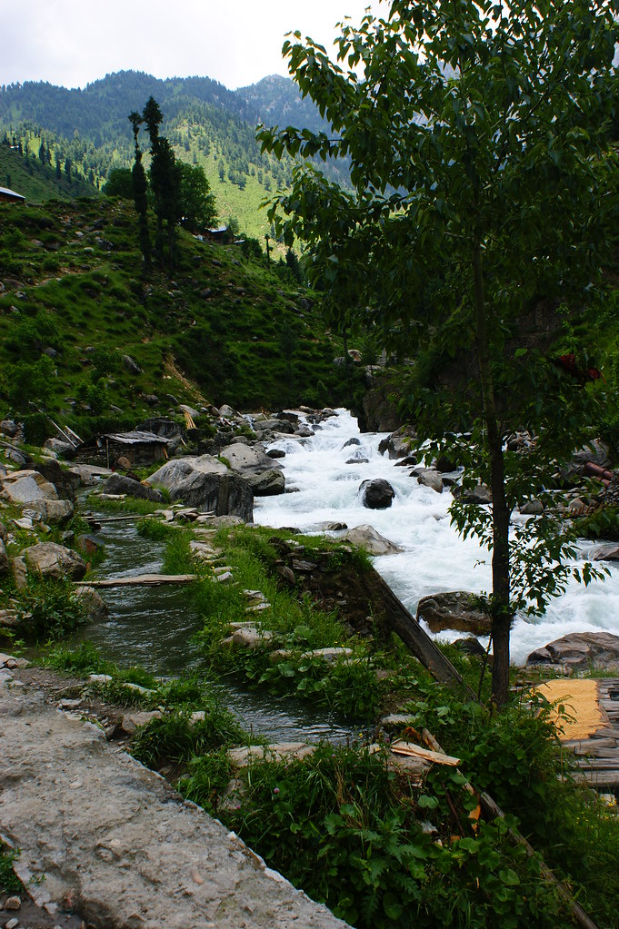 "MJC Summer 2012 Excursion to Neelum Valley with the great ""LIBRA"" and Co - 7633473840 ace15a0dac b"