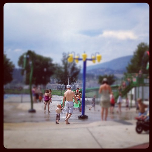Braden really enjoyed the impromptu trip to the spray park in #Kelowna! This vacation rocks my socks!