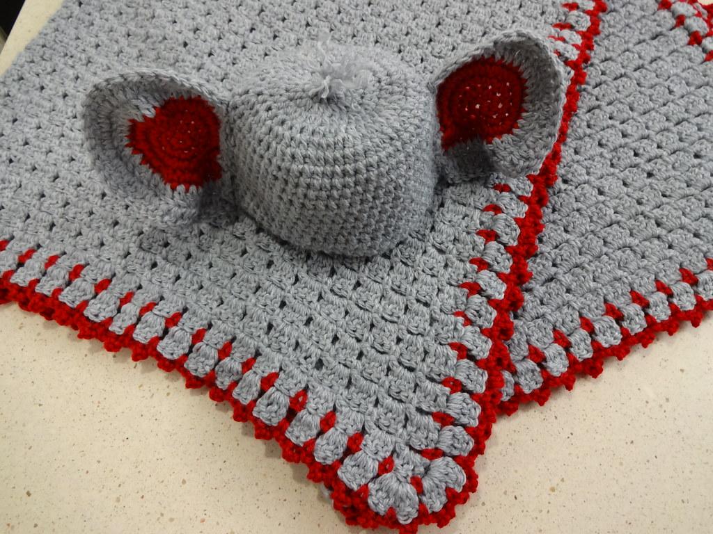 Elephant Ear/Trunk Hat pattern by Lisa Jelle | Crochet elephant ... | 768x1024