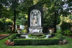 Erzengel - Ostfriedhof