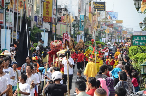 Stilts, Barongsai and Liong in Peace Torch of Yogyakarta