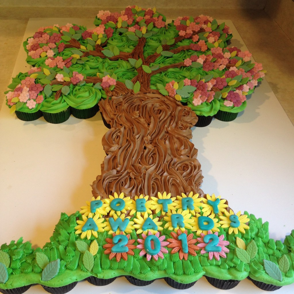 Gorgeous Must-see Cupcake Cake Tree In Full Bloom By Sugar
