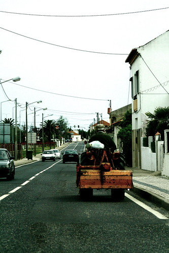 tractor ridin