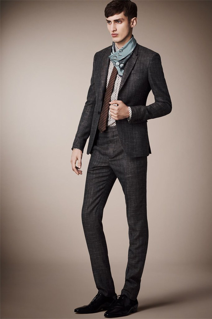 Charlie France0269_Burberry Prorsum's Pre-​​Spring 2013 Collection(Homme Model)