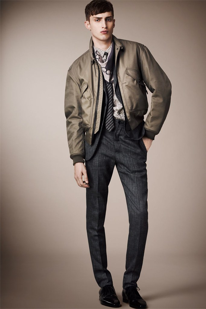 Charlie France0270_Burberry Prorsum's Pre-​​Spring 2013 Collection(Homme Model)