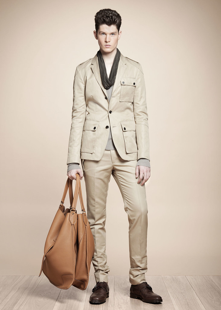 SS13 Milan Belstaff047_Diogo Wenzel(fashionising.com)