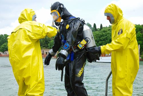 Viking diver in HDS suit_02