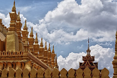 Sky and Pha That Luang