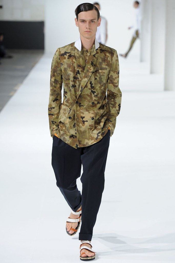 dries-van-noten-spring-summer-2013-004