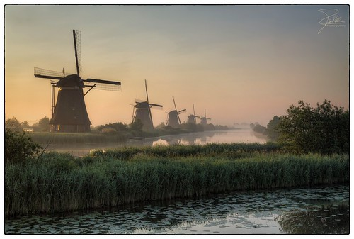Sunrise in Kinderdijk