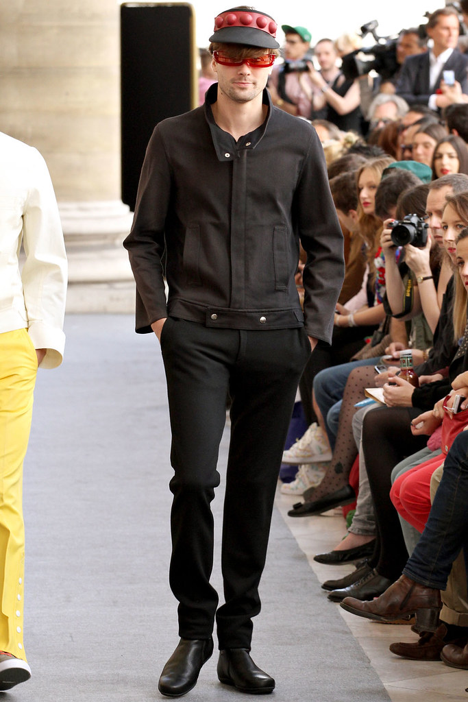 Nicolas Bemberg3055_SS13 Paris Pierre Cardin(VOGUE)