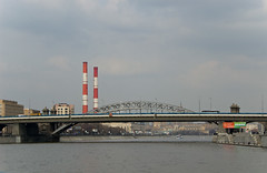 Krasnoluzhsky Bridge