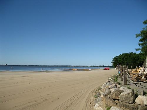 lake canada beach sand quebec july lac textile québec safe plage oka 2012 deuxmontagnes okapark parcdoka