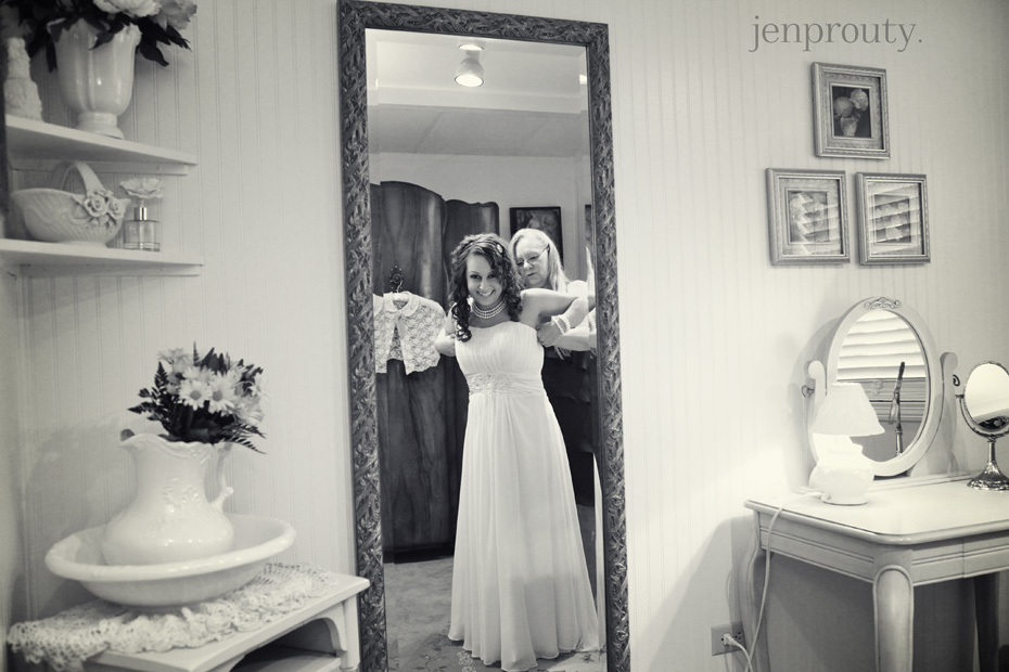 7jen prouty michigan wedding photographer