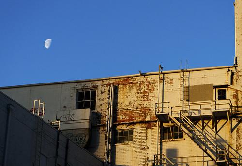 blue moon building sunrise texas elpaso moonset canon50d eptx