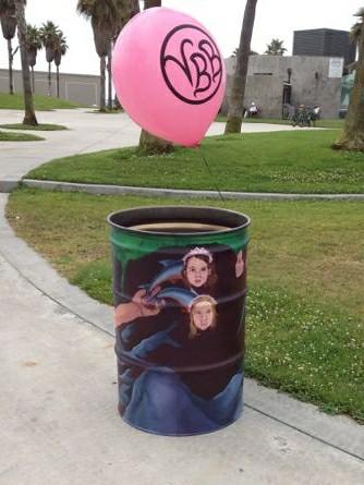 trash cans by Mark Grotjahn