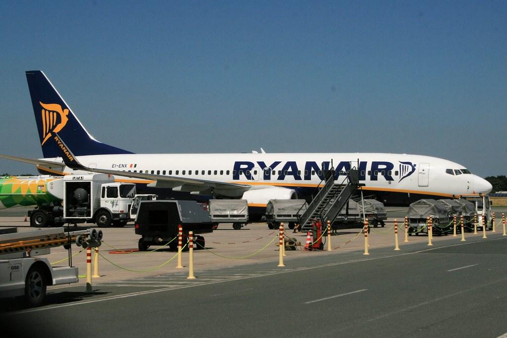 EI-ENX - B738 - Ryanair