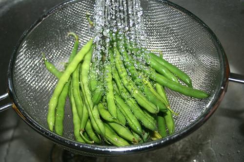 13 - Bohnen abspülen / Clean beans