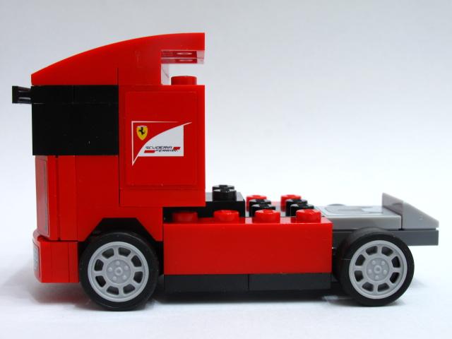 review 30191 scuderia ferrari truck lego licensed. Black Bedroom Furniture Sets. Home Design Ideas