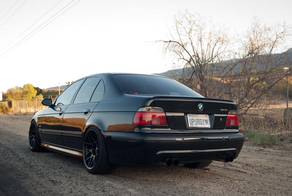 Very Black E39 M5