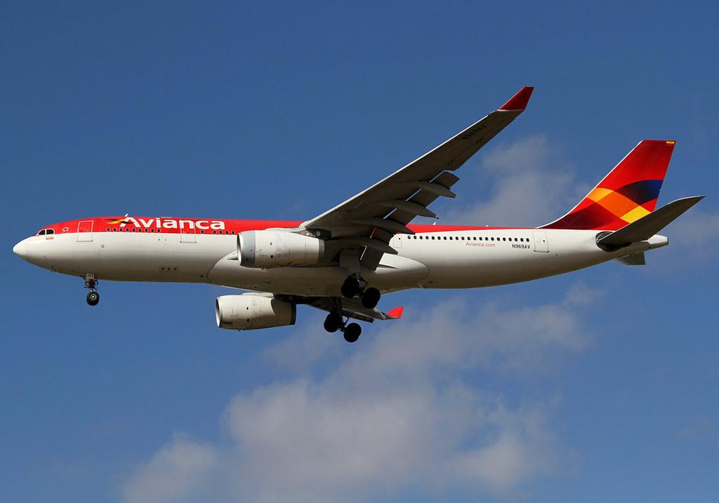 Short final for RWY27R inbound from Bogota BOG. Delivered 06/2009.