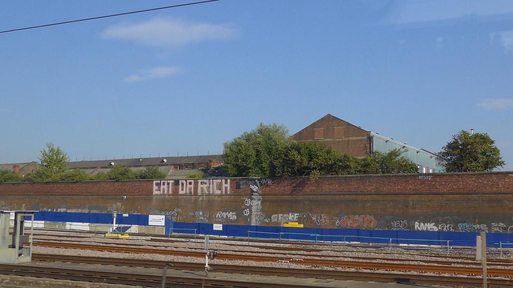 Eat da rich