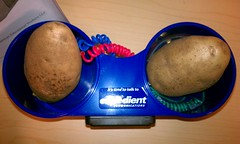 Thu, 04/26/2012 - 11:50pm - Expedient sent me a potato clock today.