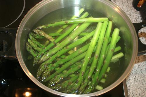 15 - Spargel blanchieren / Blanch asparagus