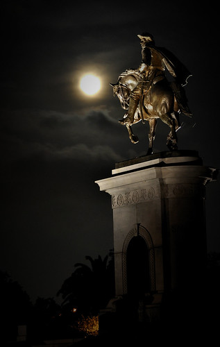 Sam Houston's Supermoon