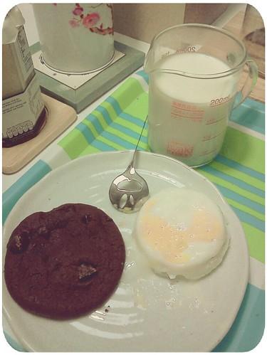 早餐 by 南南風_e l a i n e