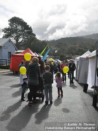 Passing Traffic at Grassroots Market