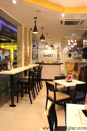 Interior, Mado Café