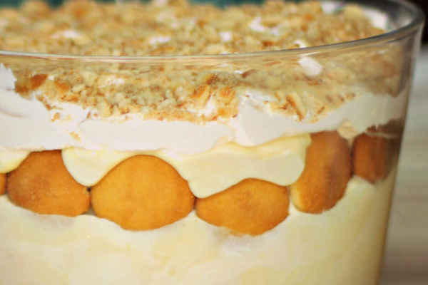 closeup banana pudding