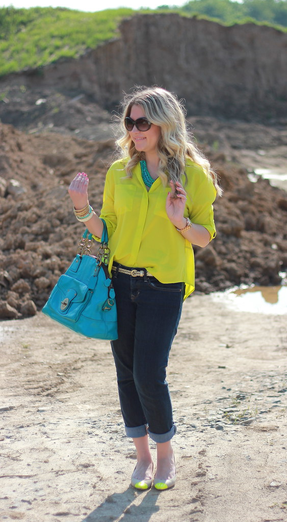 neon yellow and turquoise outfit