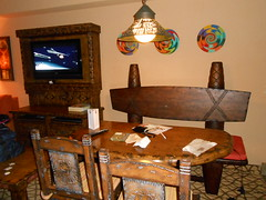 Dining table Animal Kingdom Lodge 1-bedroom and 2-bedroom villas Kidani Village