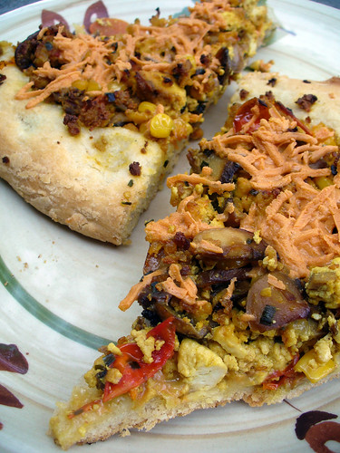 2012-06-30 - Tofu Scramble Breakfast Pizza - 0010