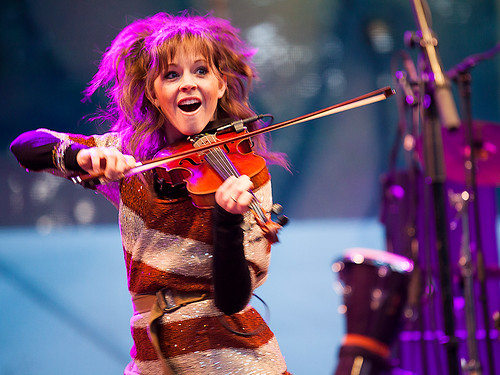 Lindsey Stirling at Celtica 2012 - 02