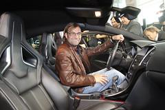 BVB-Trainer Jürgen Klopp im Opel Astra OPC