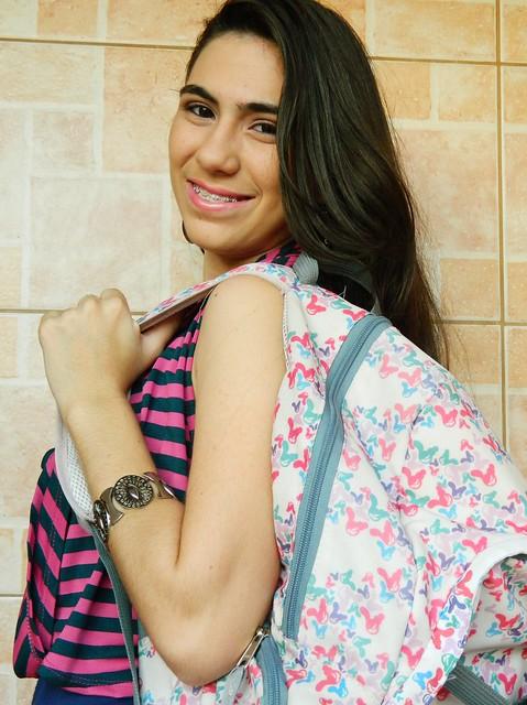 Juliana leite look faculdade escola maquiagem e penteado simples 015
