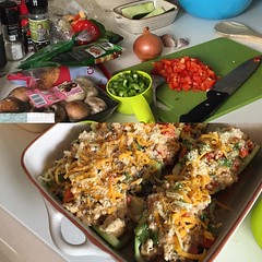 Making friends with my new kitchen. Here goes. Stuffed zucchini boats with ground chicken, mushrooms, capsicum and cheese. Be nice, new oven with many symbols. #cooking
