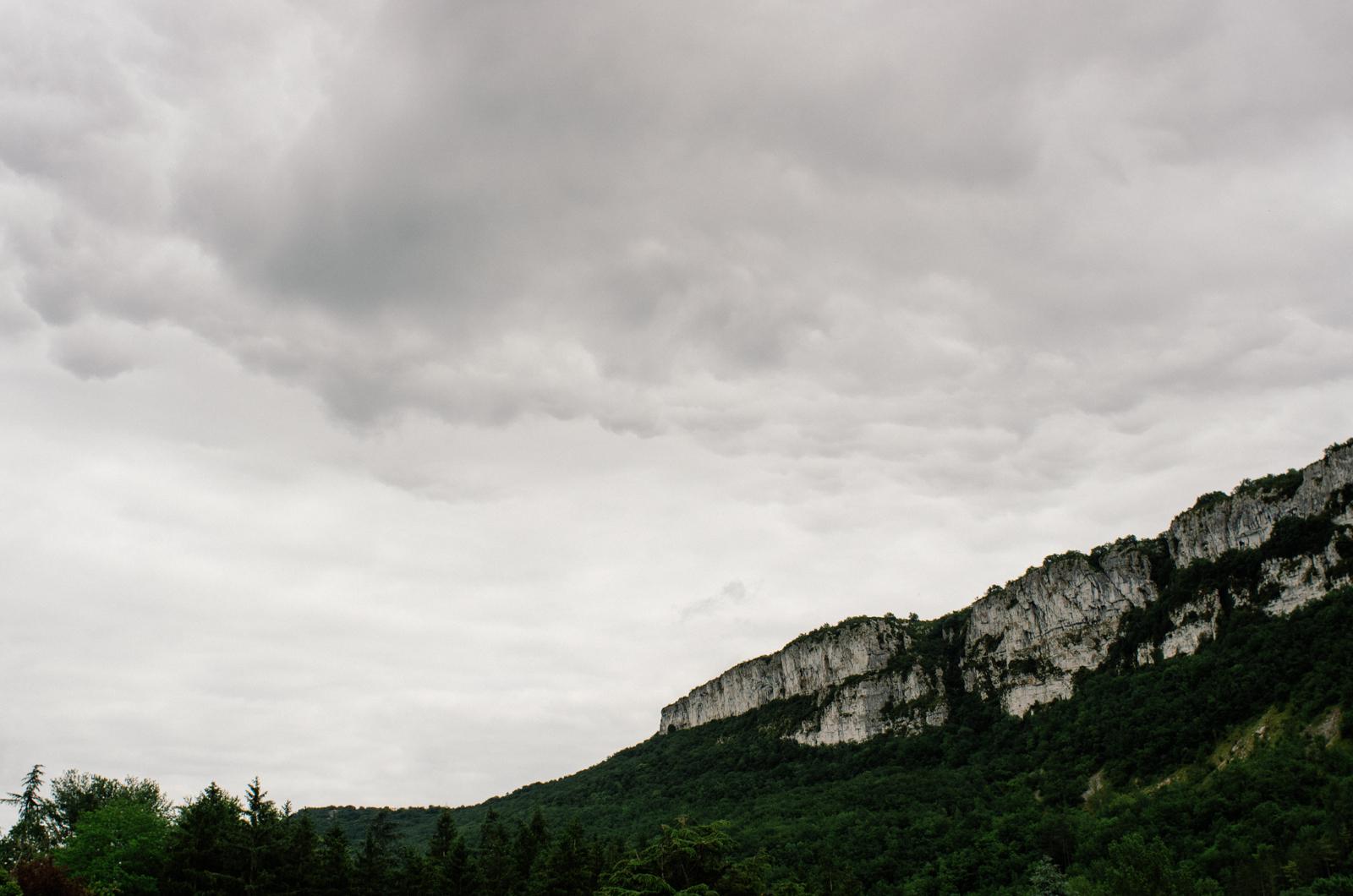 Randonnée dans les gorges de l'Aveyron sur le GR46 - Ciel aveyronnais