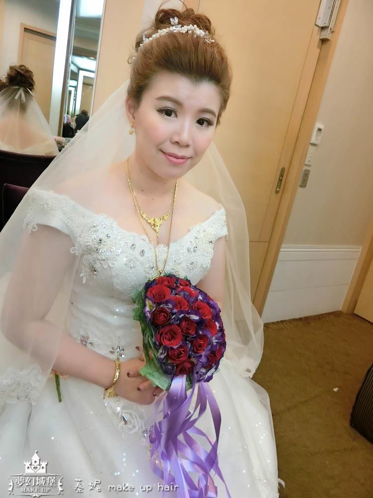 【新秘蓁妮】bride瀞儀 結婚造型 / 崇德新天地婚宴會館