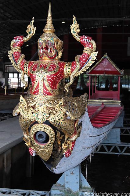Garuda chokes Naga
