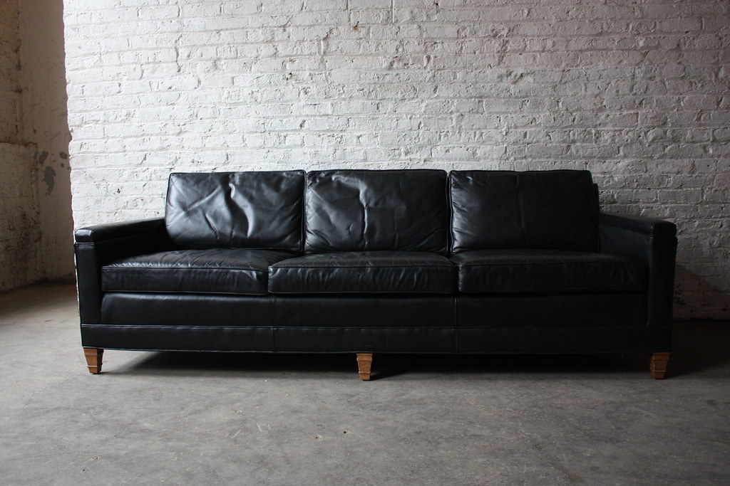 Distinctive Mid Century Modern Drexel Heritage Leather Sofa (High Point,  North Carolina, 1971