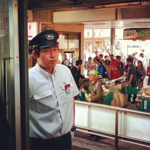 Pasajeros al tren! #jpntravel #japan