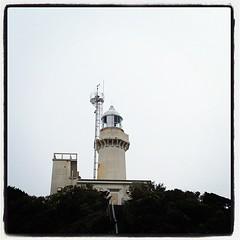 旅館のおばちゃんが車を貸してくれたので、灯台に来ました。目的のふたつ目達成です。p(^_^)q