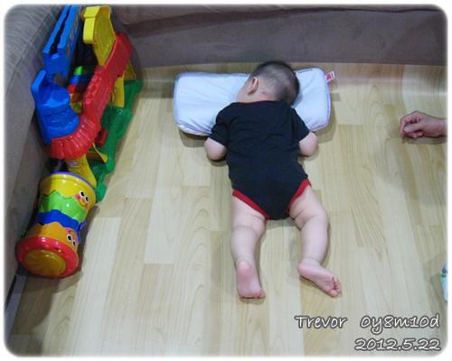 120522-睡覺中的小人