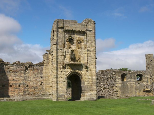 Warkworth Castle 024