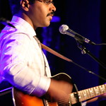 Bhi Bhiman performing for an audience of WFUV Marquee Members at City Winery. Photo by Laura Fedele