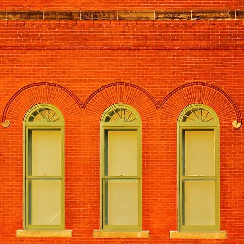 city windows shadow urban orange sun building brick green art window architecture buildings square us geometry tx patterns details houston facades frame 2d parallel shining 2012 cuadrado urbangeometry 2deffect buildingdetails solstice2012 quadratum facadeswithoutperspective zoominghoustonbuildings summersolstice2012 longestdayoftheyearonjune202012